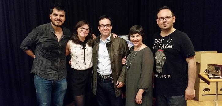 Actores de Tassili Teatro. De izquierda a derecha, Fabián Cáceres, Lara Garrido, José Luis Panero, Mayca Gómez y Alberto Sesmero, que además ejerce de ayudante de dirección en 13 y martes