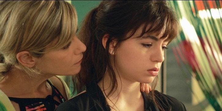 Reveladora imagen de la serie. | Filmin estrenará La vida de Manon, aclamada serie francesa