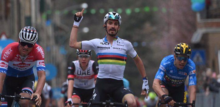 Alaphilippe bate a Van der Poel en la segunda etapa de la Tirreno-Adriático