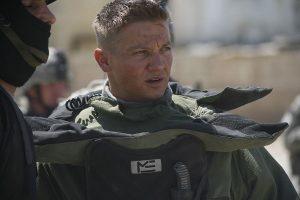 El actor estadounidense, Jeremy Renner, relanzó su carrera profesional con el filme En tierra hostil