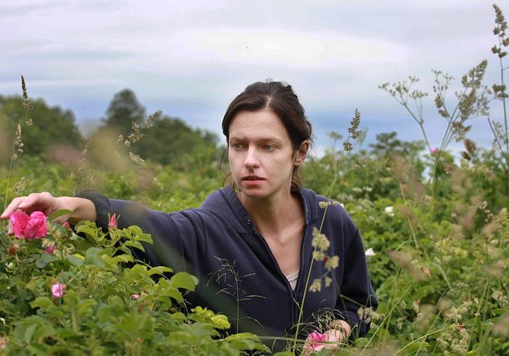 Filmin estrena en España Rosas salvajes, con Marta Nieradkiewicz