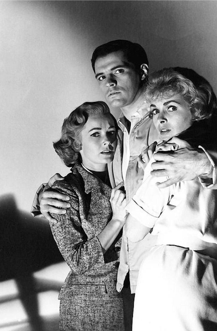 Janet Leigh, John Gavin y Vera Miles en Psicosis. Hitchcock hacía milagros cuando Dios no estaba en el rodaje