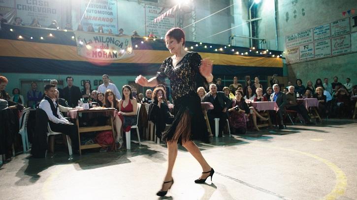 María Nieves Rego en un fotograma del filme Un tango más, de German Kral