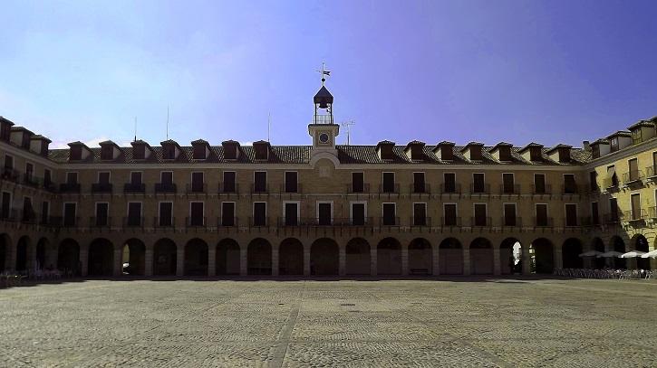 Plaza Mayor de Ocaña, escenario del Festival de Teatro | Ocaña acoge el reestreno 'Peribáñez y el Comendador de Ocaña'