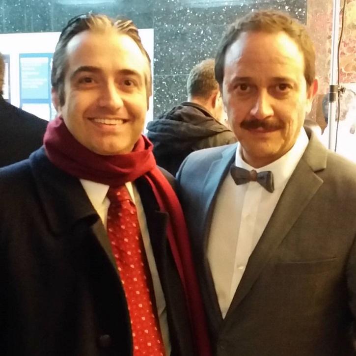 El actor Luis Callejo junto al periodista José Luis Panero | Benito Zambrano rueda en Granada 'Intemperie' junto a Luis Tosar