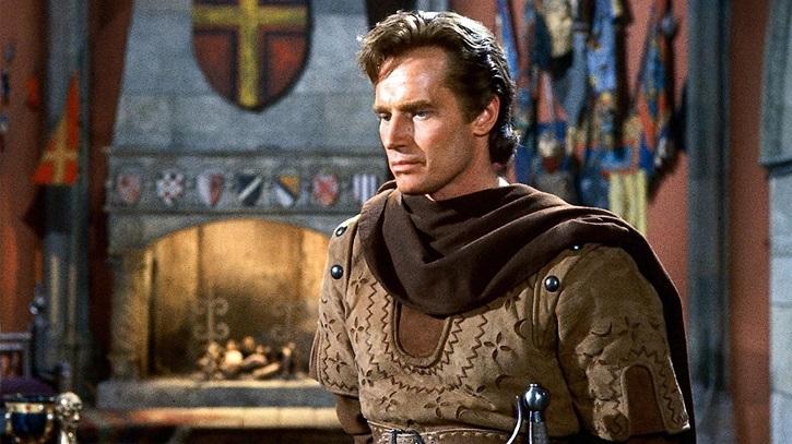 Fotograma de El Cid con Charlton Heston | Amazon se encelosa de Netflix y producirá cine en español