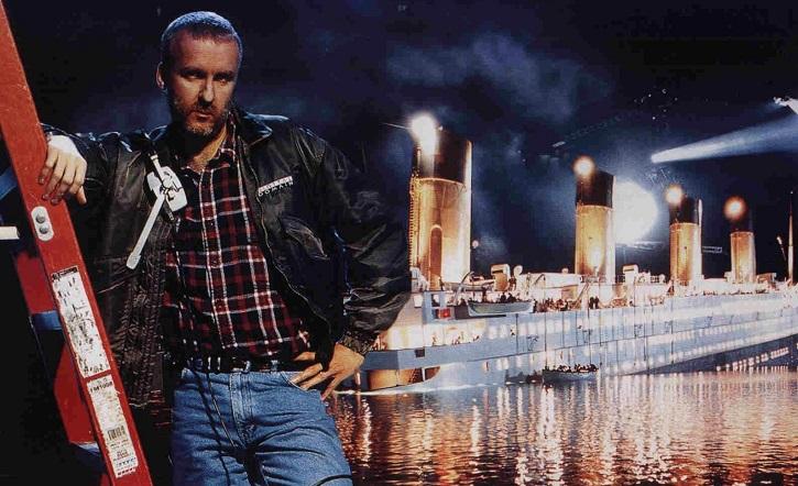 James Cameron junto a una maqueta del Titanic | 'Avengers: Endgame' ya es la peli más taquillera de la historia del cine