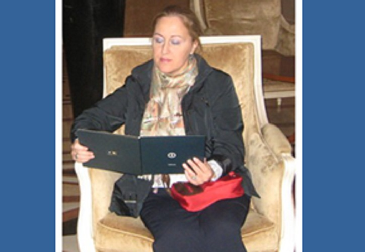 Isabel Caro Gabalda, coordinadora del libro | Portada del libro Cine, metáforas y psicoterapia | 'Cine, metáforas y psicoterapia': Isabel Caro Gabalda, amor por el arte