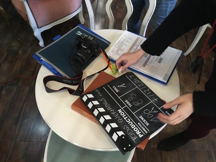 Fotograma del corto Todos queríamos matar al presidente | Kim Adelman publica 'Cómo se hace un cortometraje' en Rialp