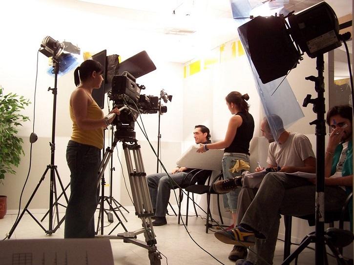 Rodaje de un cortometraje | Kim Adelman publica 'Cómo se hace un cortometraje' en Rialp