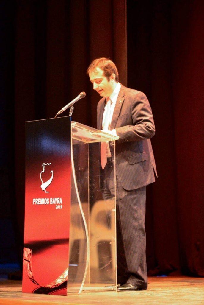 José Luis Panero entrega el premio de la Crítica de Cine al mejor cortometraje de los Blogos de Oro en el Festival de Vera (Almería) | 'Palomitas de Maíz' cumple hoy 11 años: ¡Muchísimas felicidades!