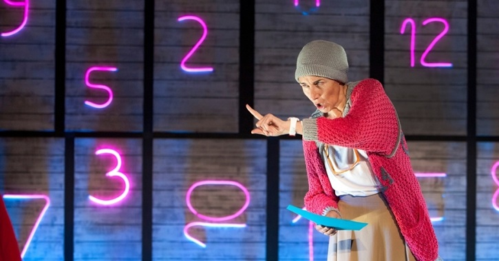 Mona Martínez en otro momento de la aventura | 'Óscar o la felicidad de existir' revienta la Sala Arapiles 16