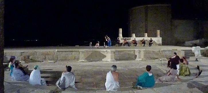 Otra puesta en escena desde el teatro de Medellín | Ateneo de Pozuelo escenificará La Tortuga de Darwin en Badajoz
