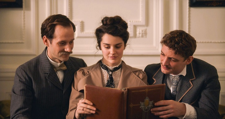 Benjamin Lavernhe, Niels Schneider, Noémie Merlant | La 'Curiosa' Lou Jeunet fracasa con esta película feminista de perfil bajo