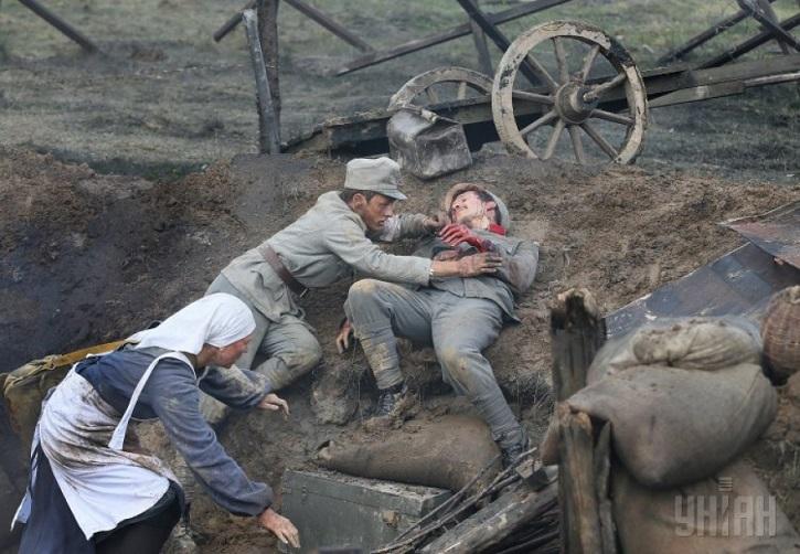 En una guerra sólo hay perdedores, aunque el perdón siempre tenga la última palabra | 'Eter': Krzysztof Zanussi entrega un ejemplar drama sobre ciencia y fe