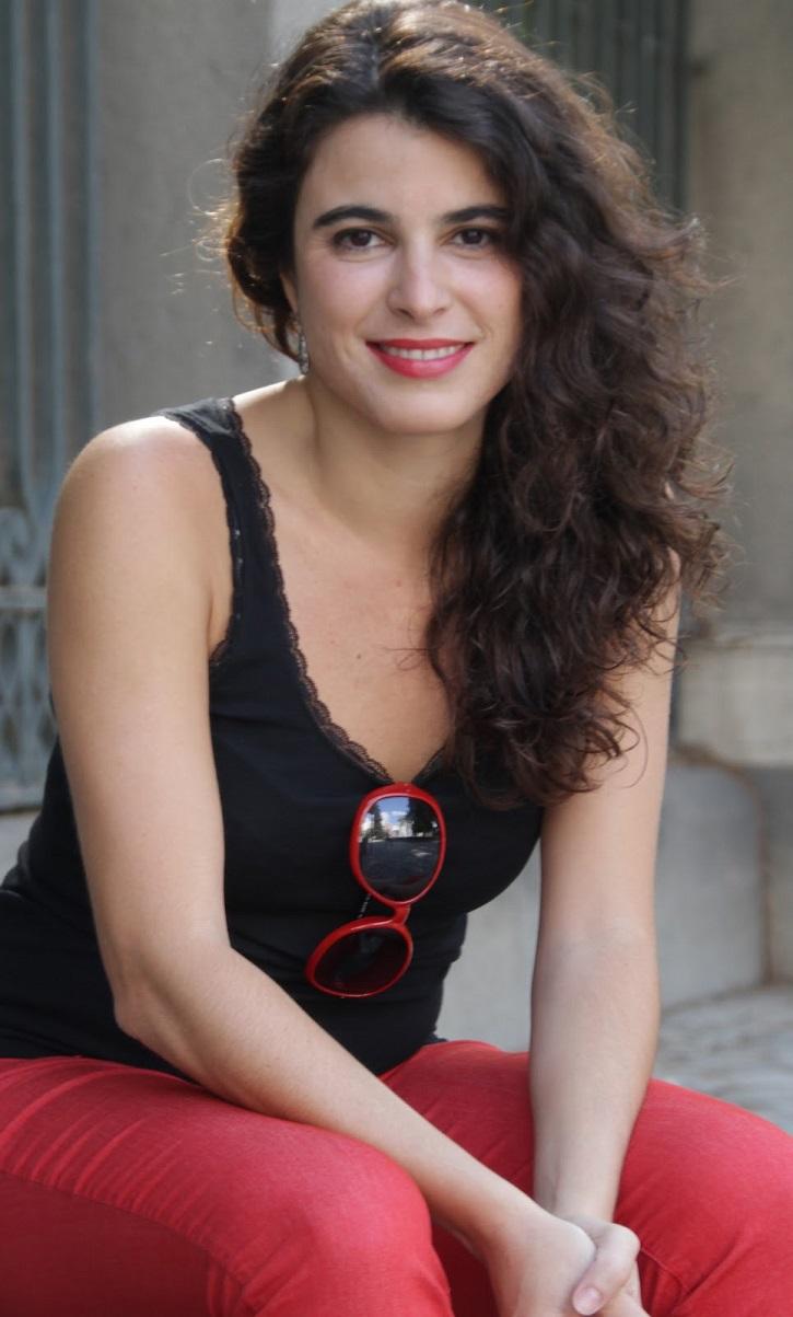 Natalia Erice | Impecable Natalia Erice en la Sala Mirador con 'Ring, ring, cuénteme'