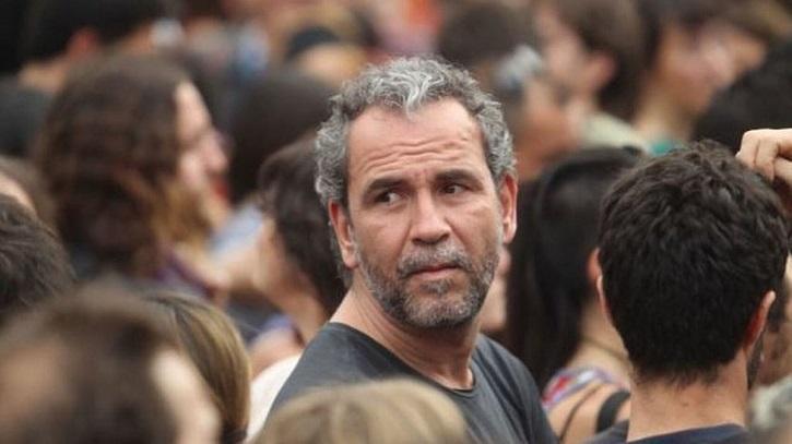 El actor, durante una de sus habituales manifestaciones   Willy Toledo llega al banquillo por insultar a Dios y a la Virgen