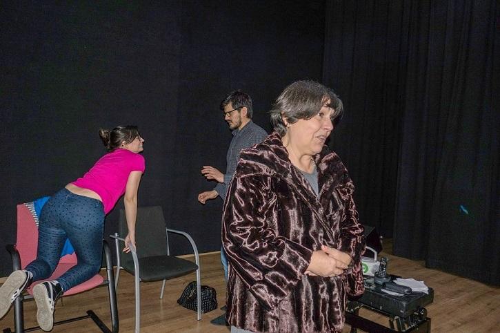 Lara Garrido, Fabián Cáceres y Mayca Gómez durante uno de sus ensayos | Tassili Teatro ('13 y martes') despliega su talento en Casa Chejov