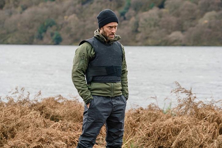 Jude Law encarna a B, del servicio secreto | Acierta Reed Morano con el intenso thriller 'El ritmo de la venganza'