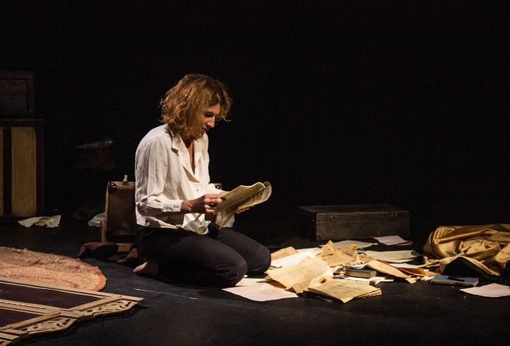 Otro momento de la función | Carolina Calema brilla en Arapiles 16 con 'Querella de Lope y las mujeres'