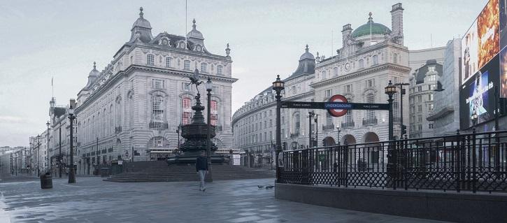 Londres, Picadilly Circus | Olmo Blanco estrena 'Solo', el cortometraje que se adelantó al coronavirus