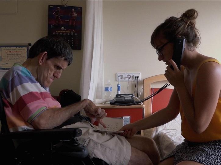 Fotograma del filme   'Las letras de Jordi': Palabras encadenadas hacia el amor a Dios