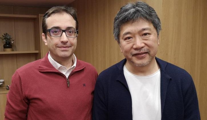 El director de cine Hirokazu Koreeda y José Luis Panero