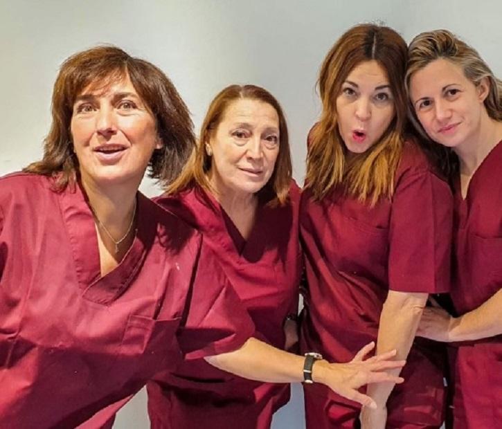 Elenco de Adictas | Un luminoso plantel de 'Adictas' triunfa en el teatro La Usina
