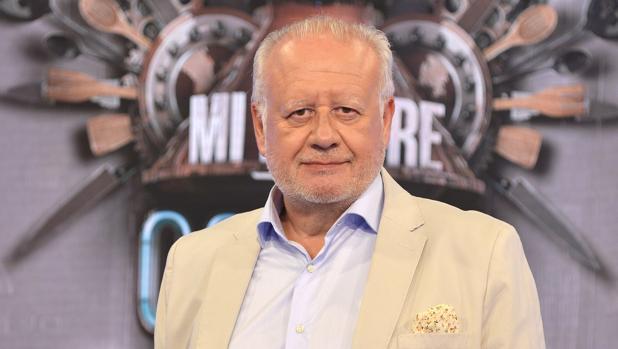 HOY RECORDAMOS LA ENTREVISTA DE JUAN ECHANOVE PARA SABOREANDO